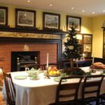 Photographs: Setting the Holiday Table