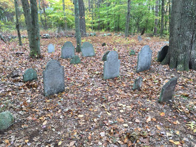Landmarks: Peck Cemetery, The Resting Place of a Lyme Family