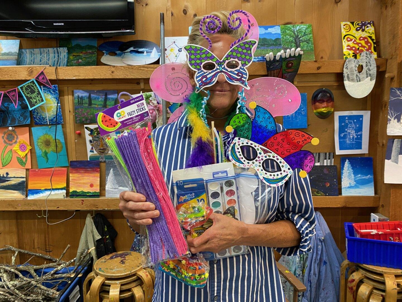 Wee Faerie Super Fan & Crafting Club